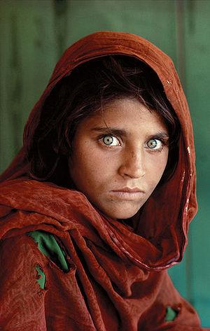 Steve MacCurryn afgaanityttö on lienee National Geographicin kuuluisin kuva